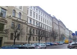 AB Lietuvos geležinkeliai admin. pastatas, Vilnius. GMV IV sistema, bendra vėsinimo galia 123 kW.