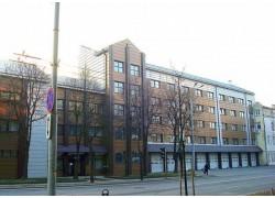 Priešgaisrinės apsaugos ir gelb. dep., Vilnius. GMV IV sistema, bendra vėsinimo galia 101 kW.